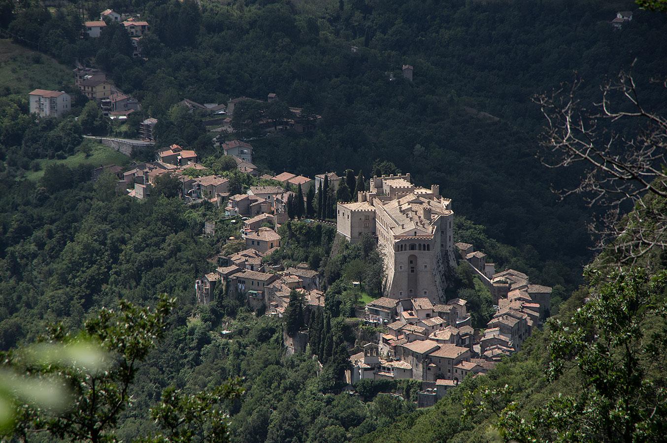 Panoramica_Rocca_Sinibalda